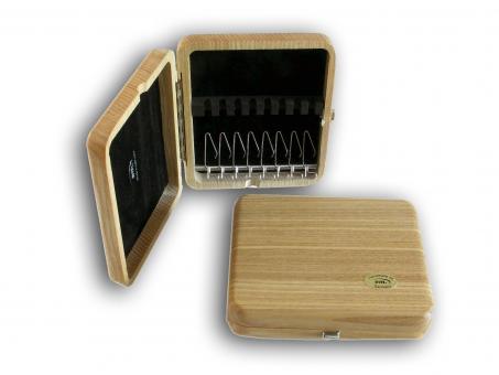 oboe reed case: 8 reeds, solid elm